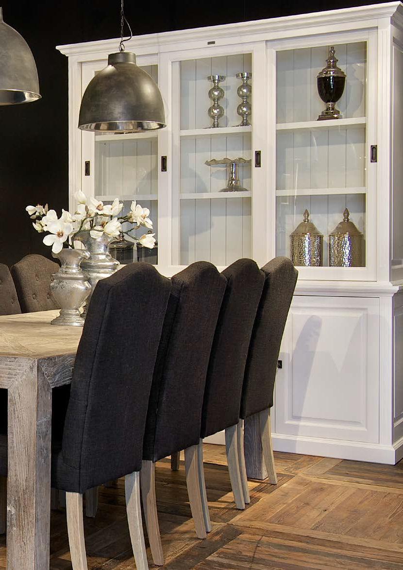 Vaisselier Classique En Bois Provence Richmond Interiors # Meuble De Salon Interiors Vaissellier
