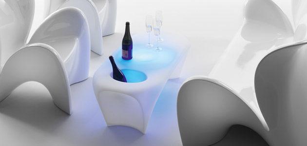 Table basse design original / en polyéthylène / ronde / de jardin ...