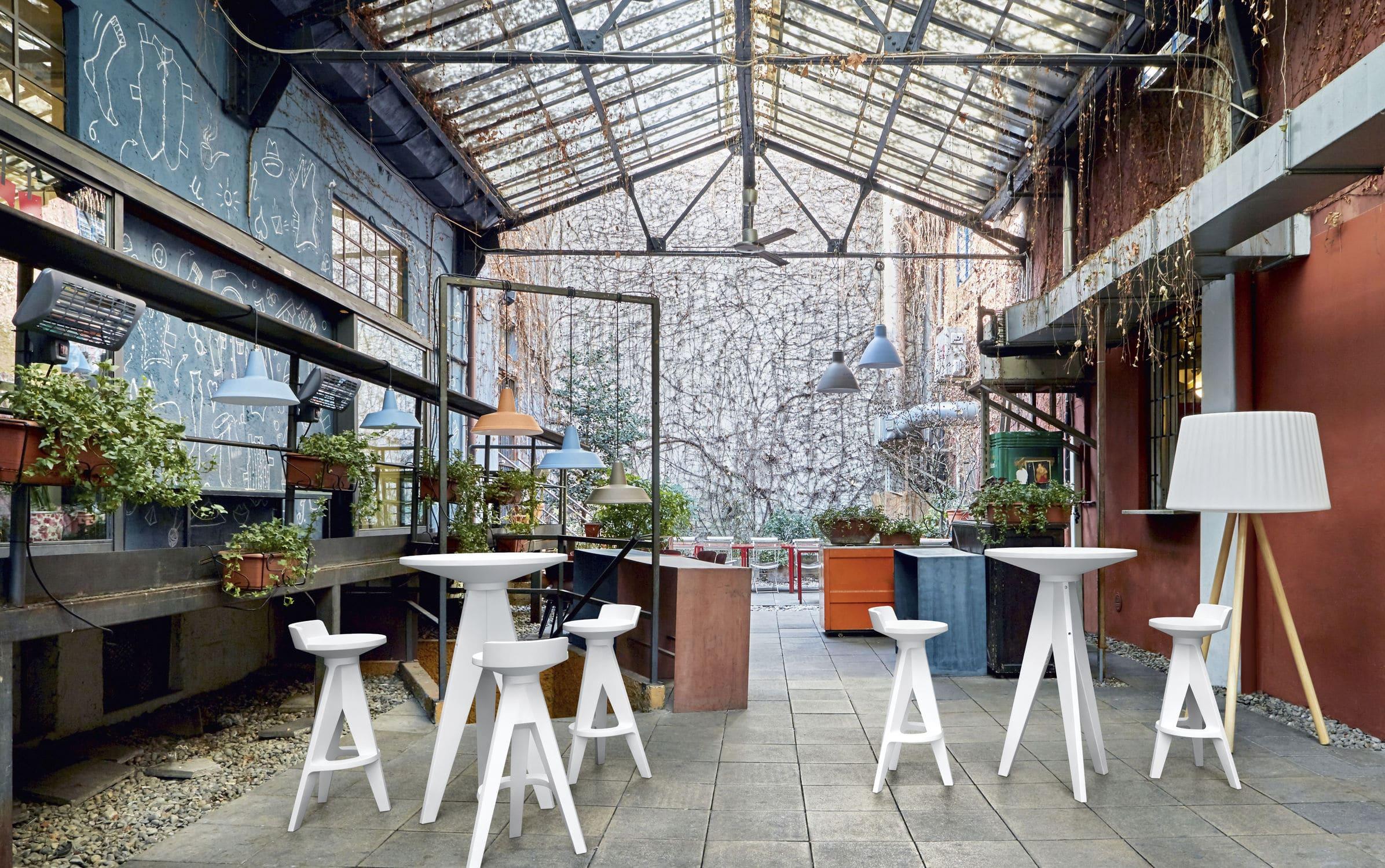 Tabouret de bar contemporain / en plastique / de jardin / marron ...