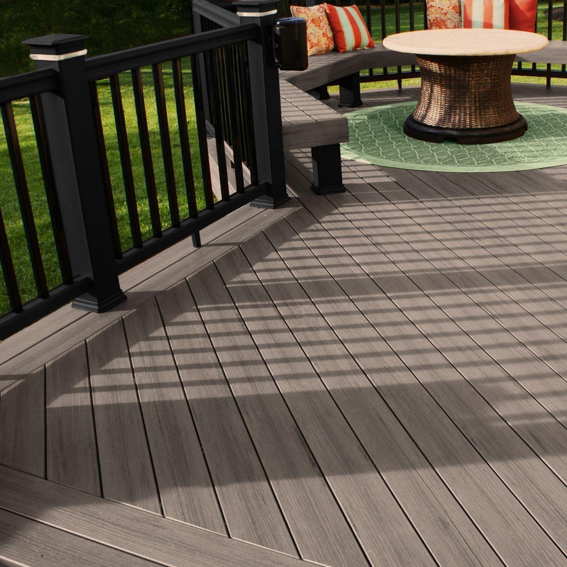 lame de terrasse en bois massif / wpc / clipsable / aspect bois