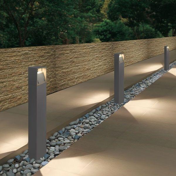 Borne d\'éclairage de jardin / contemporaine / en métal / à LED ...