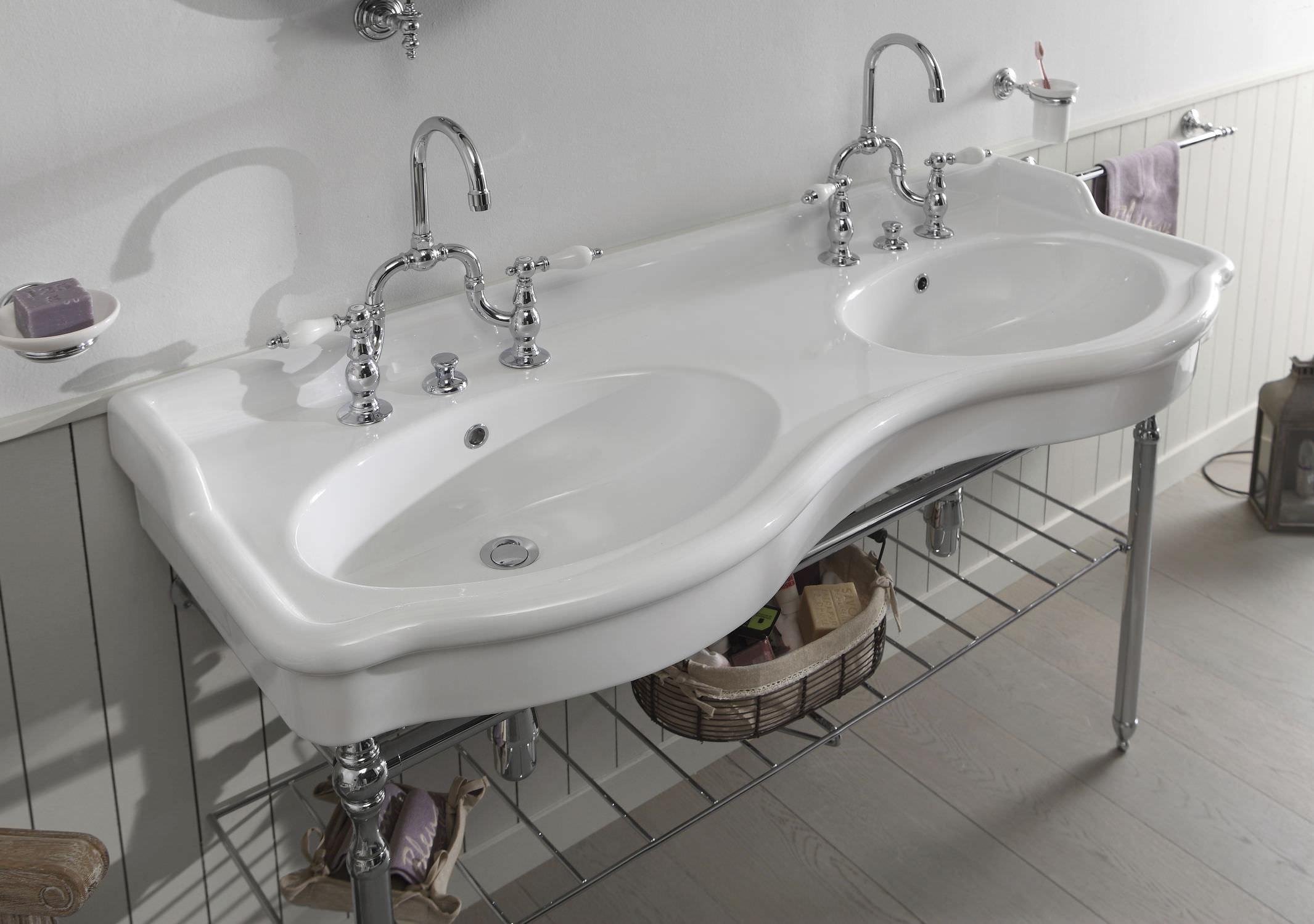 Meuble vasque double / à poser / en métal / en céramique ...