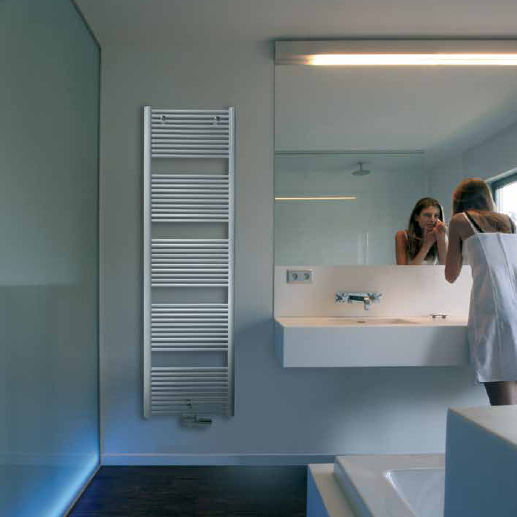 sèche-serviettes à eau chaude / en acier / chromé / contemporain ... - Seche Serviette Design Salle De Bain