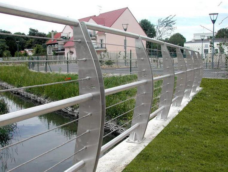 Garde-corps en métal / à barreaux / d\'extérieur / pour balcon ...