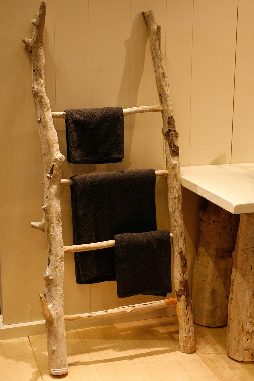 Porteserviettes échelle Plus De Barres Sur Pied En Bois - Porte serviette en bois