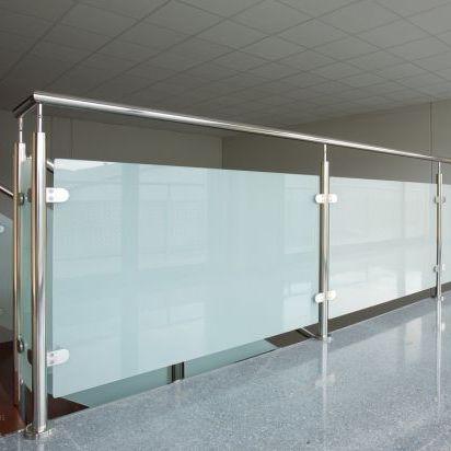 Garde-corps en inox / à panneaux en verre / d\'intérieur / pour ...