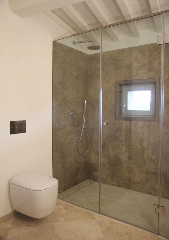 Carrelage de salle de bain / de sol / en travertin / vieilli ...