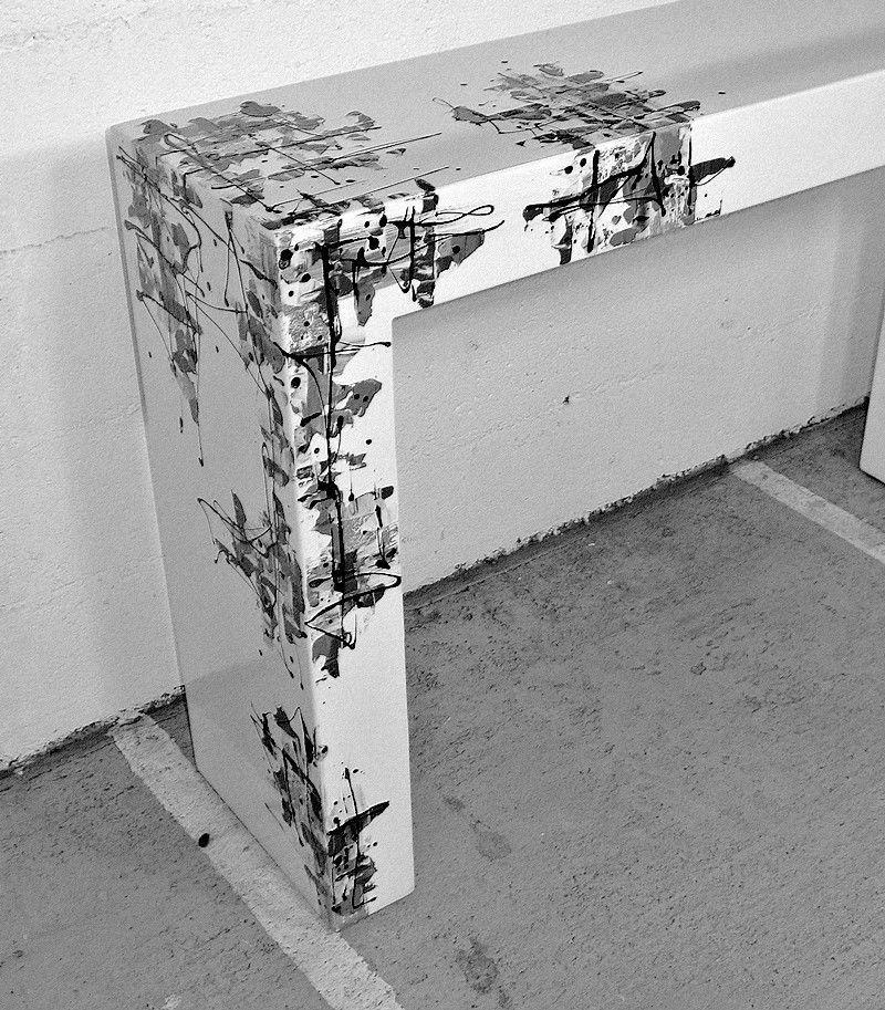 console contemporaine en acier rectangulaire avec. Black Bedroom Furniture Sets. Home Design Ideas