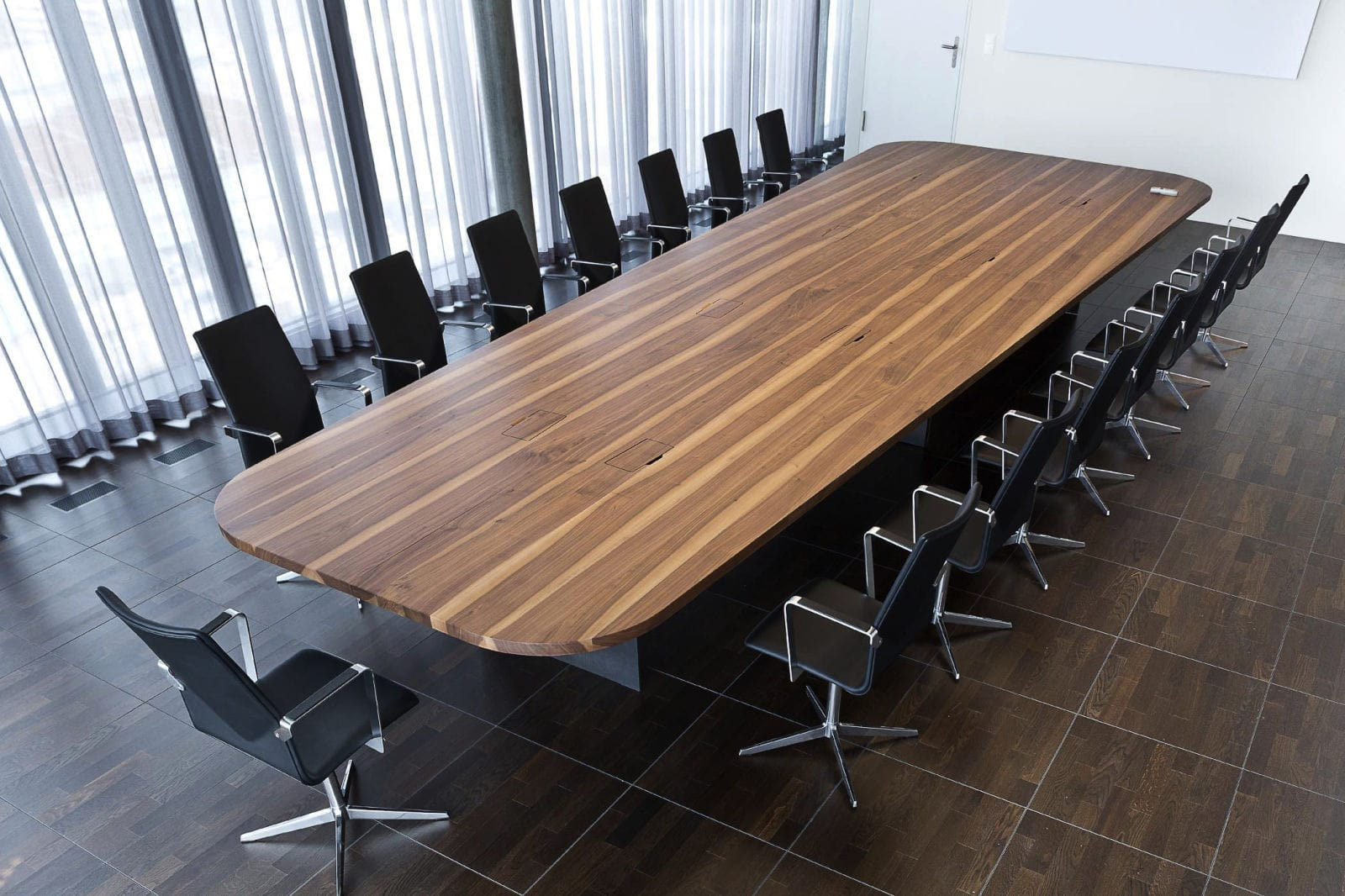 table de conférence contemporaine / en bois massif / rectangulaire