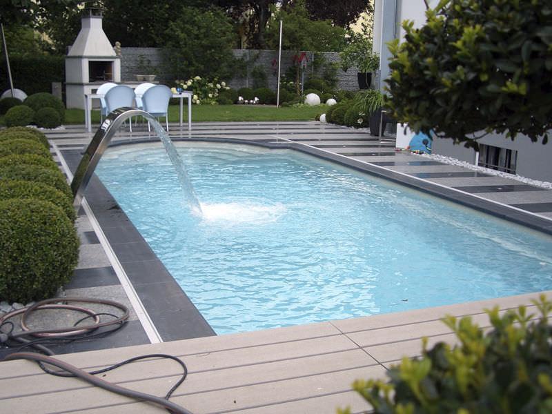 coque piscine exterieure