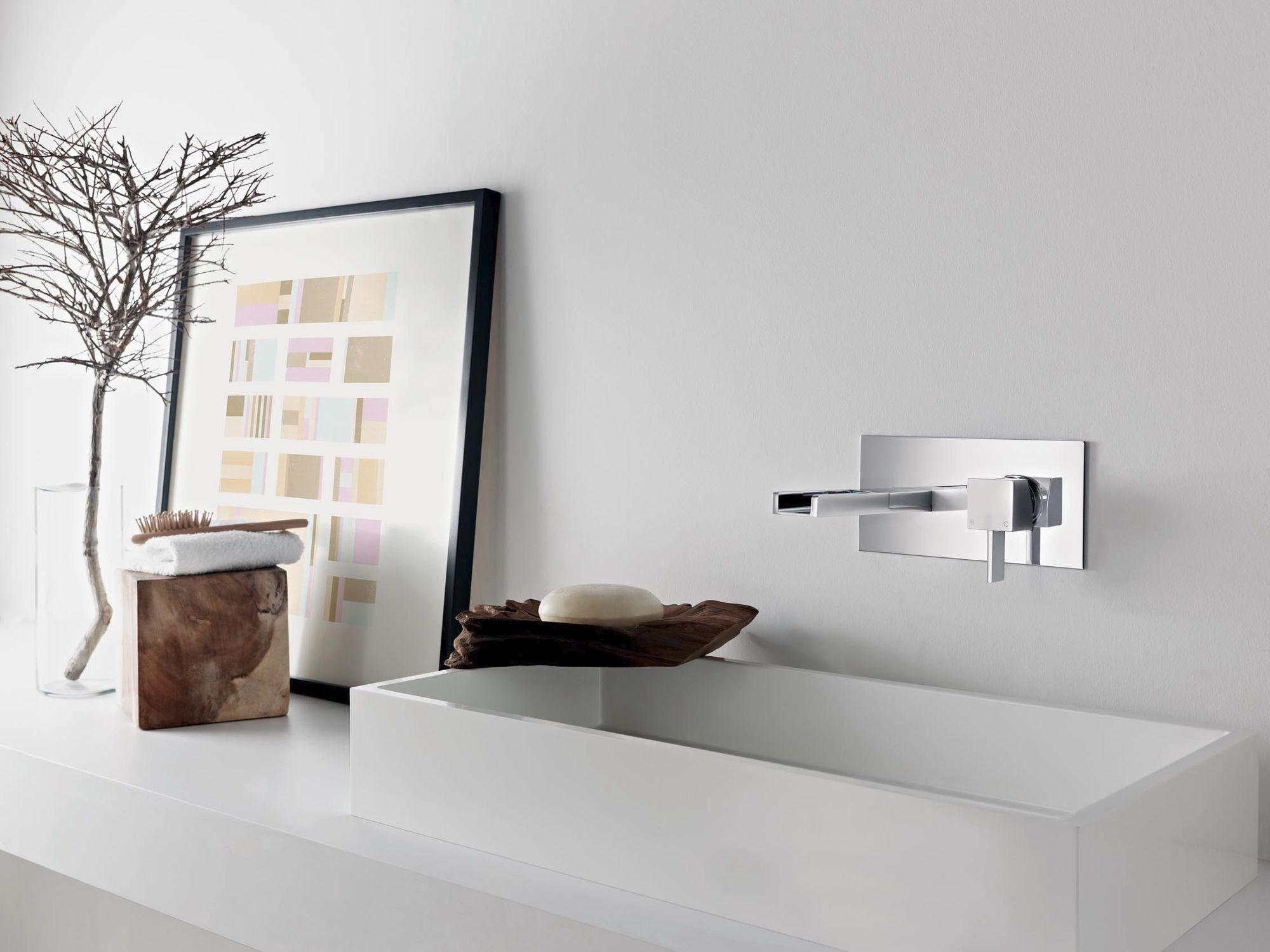 dans une salle de bain quelle hauteur laisser entre un lavabo et un robinet mural - Robinet Mitigeur Mural Salle De Bain