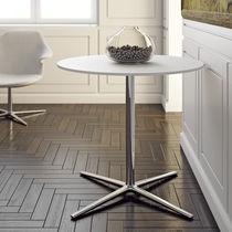 Table contemporaine / en polypropylène / en acier chromé / en fonte d'aluminium