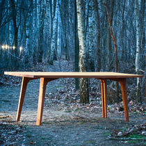 Table contemporaine / en bois / rectangulaire / pliante