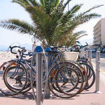 Range-vélo en inox / pour espace public