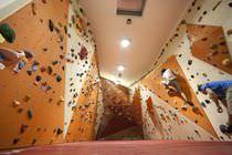 Tour d'escalade d'intérieur