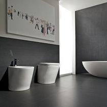 Carrelage de salle de bain / pour sol / en grès cérame / uni