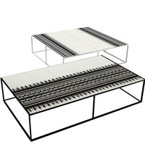 Table basse design original / en aluminium / en polyéthylène / rectangulaire