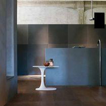Table d'appoint contemporaine / en CristalPlant® / ovale / par Naoto Fukasawa