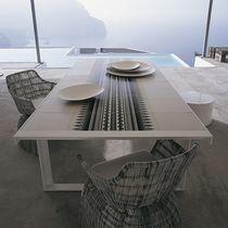 Table contemporaine / en métal / en grès cérame / rectangulaire
