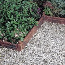 Bordurette de jardin / en béton / en pierre reconstituée
