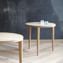 Table à manger contemporaine / en chêne / en frêne / en bouleau