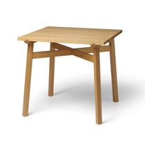 Table contemporaine / en chêne / rectangulaire / d'extérieur