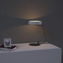 Lampe de table / contemporaine / en fer / en béton