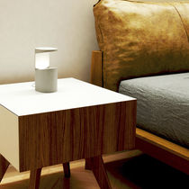 Lampe de table / contemporaine / en béton / à LED