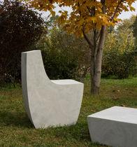 Chaise de jardin contemporaine / en ciment / en béton fibré