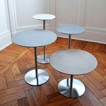 Table d'appoint contemporaine / en acier inoxydable / ronde / professionnelle