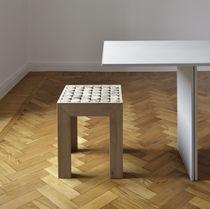 Tabouret contemporain / en bois / 100% recyclable