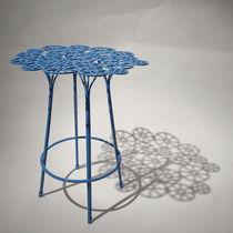 Tabouret de bar design original / en acier / de jardin / bleu