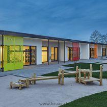 Brise-soleil en composite / en HPL / pour façade / vertical