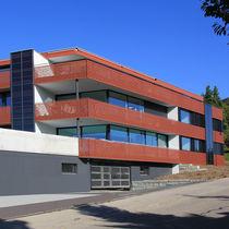 Garde-corps en HPL / à panneaux / d'extérieur / pour balcon