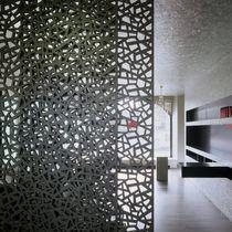 Panneau décoratif en fibre de bois / pour cloison / perforé / aspect métal