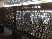 Panneau décoratif MDF / pour agencement intérieur / perforé / brise-vue