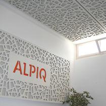 Panneau acoustique mural / en fibre de bois / décoratif / perforé