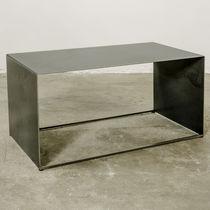 Table basse design industriel / en fer / en tôle / rectangulaire