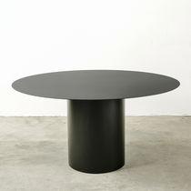 Table à manger contemporaine / en fer / ronde / d'extérieur