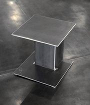 Table de chevet contemporaine / en acier / rectangulaire / professionnelle