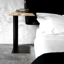 Table de chevet contemporaine / en bois / en acier / rectangulaire