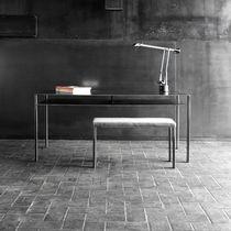 Bureau en acier / contemporain / professionnel / avec rangement intégré