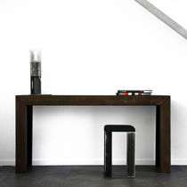 Console contemporaine / en bois / rectangulaire