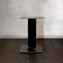 Table d'appoint contemporaine / en acier / carrée / professionnelle