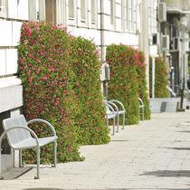Jardinière en acier galvanisé / contemporaine / pour espace public