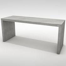 Table à manger contemporaine / en béton / rectangulaire / de jardin