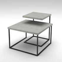 Table gigogne contemporaine / en acier peint / en béton / carrée