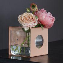 Vase contemporain / en verre / en acier laqué / en acier inoxydable