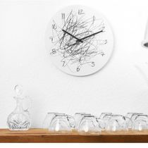 Horloge contemporaine / analogique / murale / en acier