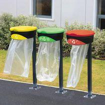 Support de sac poubelle public / au sol / en métal / professionnel